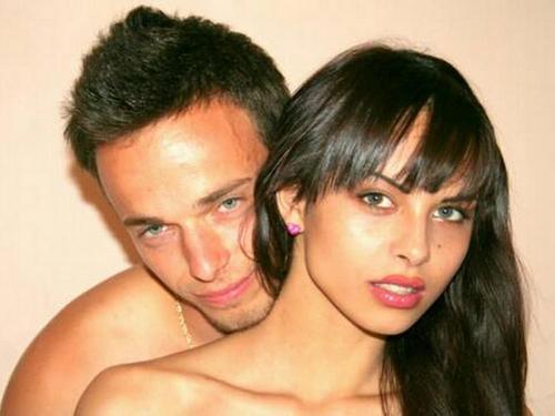 Geiles Paar zeigt sich beim Hardcore Sex vor der Livecam